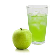 Detoxify the colon with natural green apple juices